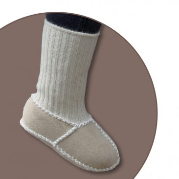 Baby lambskin shoes Item No. 928<br>with knitted cuffs